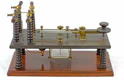A Morse key used on spark transmitters showing the insulators used to withstand the high voltages.